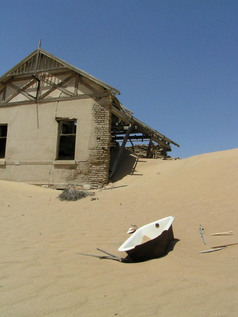051208-marc-wiese-namibia-0372-2005-Namibia.jpg